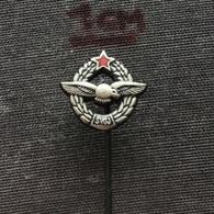 Badge (Pin) ZN006620 - Airplane (Avion / Flugzeug) Military / Army Pilots Union Yugoslavia (SVOJ) - Militari