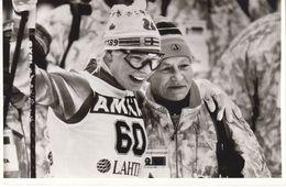 1610   LAHTI    FOTO    18 X 12  CM  WETTER AUF SKIFAHREN - Winter Sports