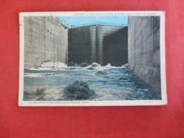 Filling Upper Miraflores Locks Panama Canal Panama Has Mexico Stamp & Cancel > Ref  2885 - Panama