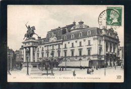 Dept 63 /  CLERMONT FERRAND Le Théatre Et La Statue Vercingétorix  / ECRITE - Clermont Ferrand