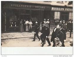Carte-Photo-Saint Andre De L'Eure-Une Fête Devant La Boulangerie Becard.Ecrite Par Marcel Bansard. - France