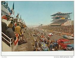 Le Mans-Derniers Préparatifs Avant Le Départ.Edit.La Cigogne.CPM. - Le Mans