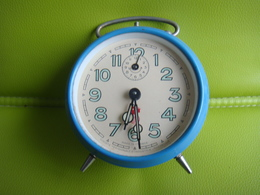 Reveil  Smi En Parfait état De Marche - Alarm Clocks