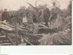 Carte-Photo:Mesnil De Briouze-Village De Longuende Après L'Ouragan Du 8 Mai 1929. - Briouze