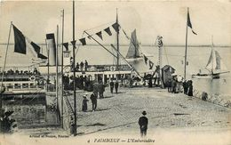 PAIMBOEUF - L'EMBARCARDERE - BATEAU A VAPEUR - ANIMATION - BEAU PLAN - Paimboeuf