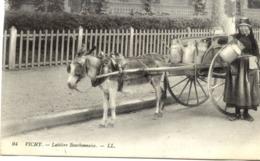 03 VICHY - Laitière Bourbonnaise - LL - Gros Plan Charrette à âne, Bidons De Lait - Vichy