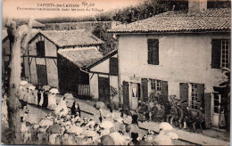 40 CASTETS DES LANDES - Procession Traditionnelle Dans Les Rues - Other Municipalities