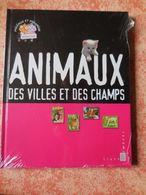 Livre Avec Timbres Animaux Des Villes Et Des Champs - Stamps
