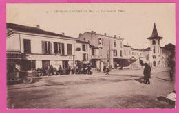 CP (06) - CROS De CAGNES  , La Grande Place , Voiture , Animée - Autres Communes