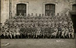 MILITARIA - Carte Photo Militaire - Soldats - 41 Inscrit Sur Casquette - Militaria