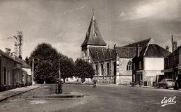 28 SAINT-GEORGES-SUR-EURE LA PLACE DE L'EGLISE - Autres Communes
