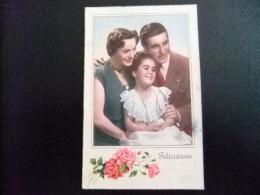 TARJETAS DE FELICIDADES  --  PAREJA  Y NIÑA 1951 - Cumpleaños