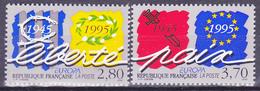 Série De 2 Timbres-poste Gommés Neufs** - Europa Paix Et Liberté - N° 2941-2942 (Yvert) - France 1995 - Nuevos