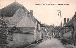 51 - Marcilly-sur-Seine - Rue De Sézanne Animée - France