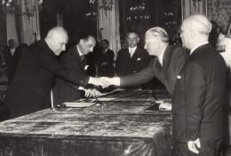 Italie Politique Gouvernement Fanfani President Giovanni Gronchi Ancienne Photo De Presse 1958 - Famous People