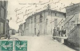 """/ CPA FRANCE 13 """"Meyrargues, Bld De La Liberté"""" - Meyrargues"""