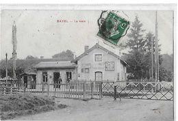 BAYEL  LA GARE   PASSAGE A NIVEAU  PERSONNAGES       DEPT 10 - Autres Communes