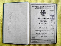 Reisepass Passport Germany Deutschland 1962 Bremen - Historical Documents
