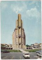 Royan: PEUGEOT 404, PANHARD PL17, FORD TAUNUS 12M P4 - Eglise Notre-Dame - Voitures De Tourisme