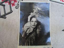 Con Simpatia Carmen AMAYA - Chanteuse Et Danseuse De Flamenco - Dédicacées