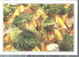 NUOVA CALEDONIA.OUVEA,MALESIANI IN ABITO DA FESTA-IMMAGINI DAL MONDO.4321 - Océanie