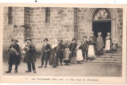 ***  63  ***  Les Auvergnats Chez Eux Une Noce En Auvergne   Neuve TTB - France