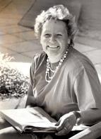 Grande Photo Originale Portrait De Femme En Pleine Lecture En 1995 - Mme David Lectrice - Persone Identificate