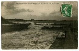 CPA 64 Pyrénées Atlantiques Saint-Jean De Luz Entrée Du Port Par Forte Mer - Saint Jean De Luz