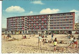 Mariakerke -- Centre De Vacances - Façade Principale Et La Plage.   ( 2 Scans ) - Oostende