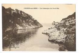 CASSIS Sur MER (cpa 13)  La Calanque De Port Pin - Cassis