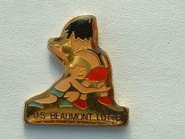 Pin's  LUTTE - U.S BEAUMONT - Lutte