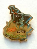 Pin's  LUTTE - HAUTES PYRENEES 92 - Lutte