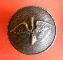 Ww1 Bouton Armée De L'air Pilote Aviation Button Militaire Diam 2.1 Cms Dos Scanné Métal - Buttons