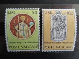 VATICAN 1971  Y&T N° 531 & 532 ** - MILLENAIRE DE SAINT ETIENNE, ROI DE HONGRIE - Vatican