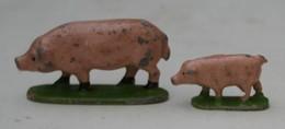 Ca4.p- COCHON PORC PORCELET Figurine Ancienne Animal Métal Alu Ferme - Pigs