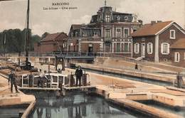 Marcoing - Les Ecluses - Côté Amont (animée, Batellerie, Péniche, Colorisée, J. Ghislain, Estaminet) - Péniches