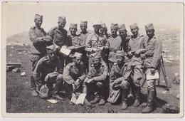SERBIA , KINGDOM OF YUGOSLAVIA   -- SERBIAN ARMY  --   OFFICER,  SOLDATEN , KALINOVIK  --  ORIGINAL PHOTO     PC FORMAT - Militaria