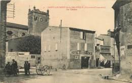 SAINT LAURENT DE LA SALANQUE LE CLOCHER ET HOTEL DU COMMERCE - Frankrijk