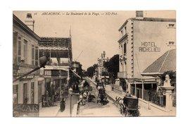 33 - ARCACHON . LE BOULEVARD DE LA PLAGE - Réf. N°8244 - - Arcachon