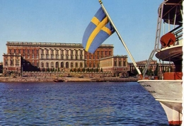 Stocklm - Kungl Slottet - The Royal Palace - Formato Grande Viaggiata Mancante Di Affrancatura – E 4 - Cartoline