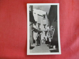 Street  View TO ID  ???   Ref 2888 - Postcards
