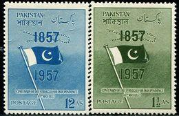 PK0007 Pakistani 1957 Flag 2V MNH - Pakistan