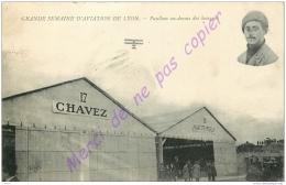 69. Grande Semaine D'Aviation De LYON .  PAULHAN Au Dessus Des Hangars . - Lyon
