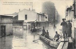 Paris, Le XVe Arrondissement Inondé: Service Des Canots Du Génie Rue De Javel - Carte Non Circulée - De Overstroming Van 1910