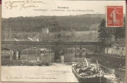 D56 - MALESTROIT - Le Pont Neuf  -  (Au Loin Chateau D'Eureka) - Malestroit
