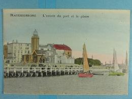 Blankenberghe L'entrée Du Port Et Le Phare - Blankenberge