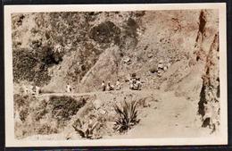 LA REUNION: Vue En Pleine Lumière Sur Les Chaises à Porteurs De Cilaos. RARE Carte Photo Neuve - Autres