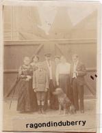 PHOTO - 60 - MONTATAIRE ? - BRASSERIE Henri GRYSON  La Famille Au Complet Devant Le Photographe - Format 12cm Sur 9 - Montataire