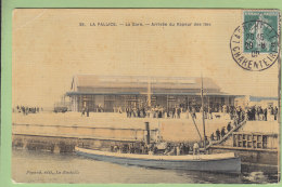 LA PALLICE : La Gare , Arrivée Du Vapeur Des Iles. Carte Toilée. 2 Scans. Edition Poyard - Andere Gemeenten