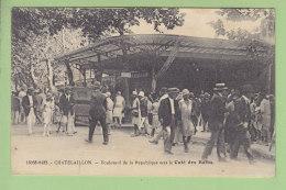 CHATELAILLON : Boulevard De La République Vers Le Café Des Bains. 2 Scans. Edition Bergevin - Châtelaillon-Plage